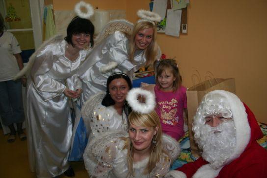 POLBANK EFG dzieciom - czyli mikołajowe kolędowanie na Litewskiej