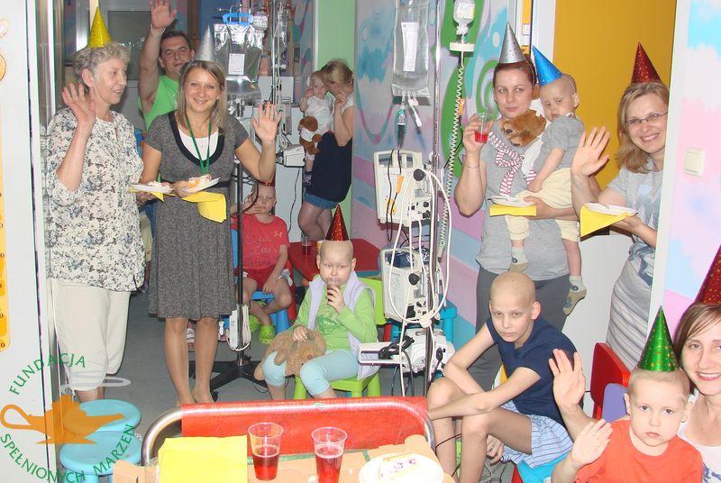 Jubileusz 10-lecia na  oddziałach onkologii w Warszawie